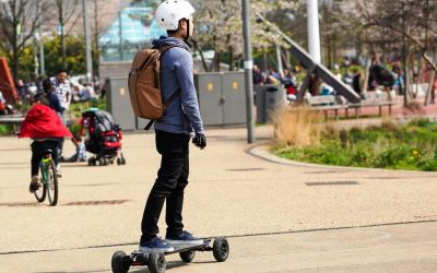 How fast do electric skateboards go? And which are the fastest?
