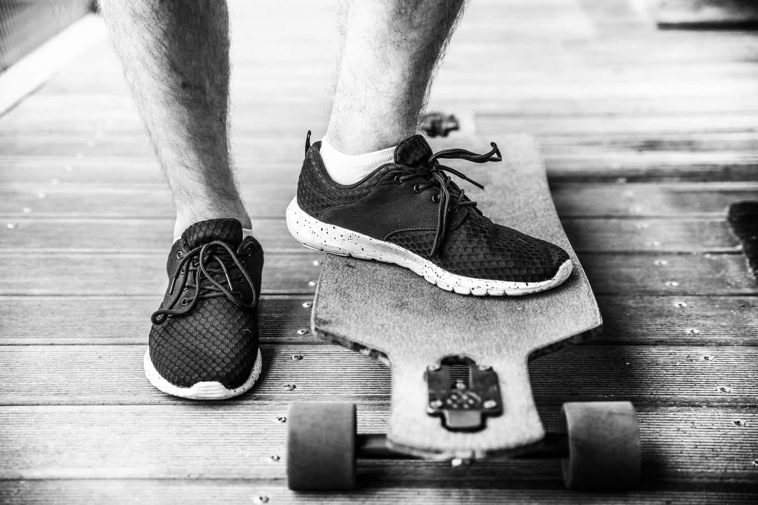 Electric Skateboard Speed Wobble: Causes and how to avoid it