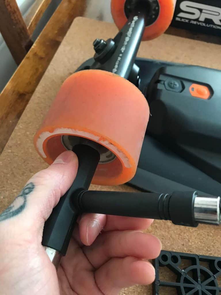 Removing Boosted Mini standard wheels